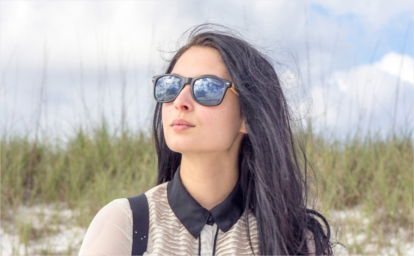 Bamboo wood sunglasses with black polarized lenses
