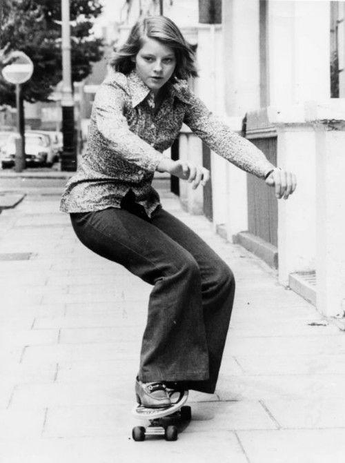 Jodie Foster skateboarding - www.gowood.ca