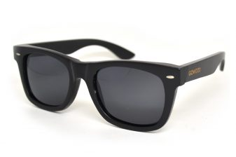 wayfarer style sunglasses black angle