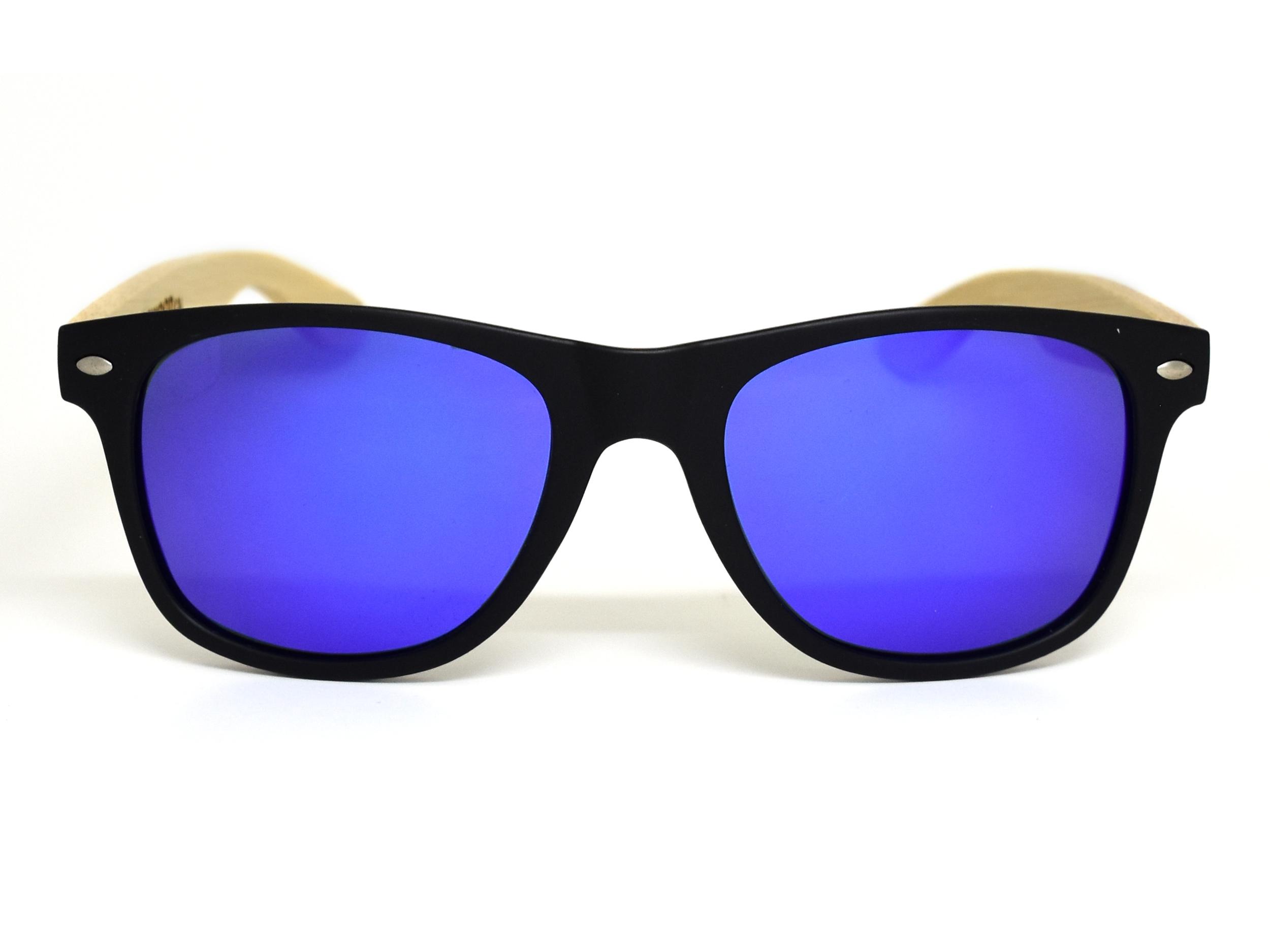 Wayfarer zonnebril met blauw gespiegelde glazen voorkant