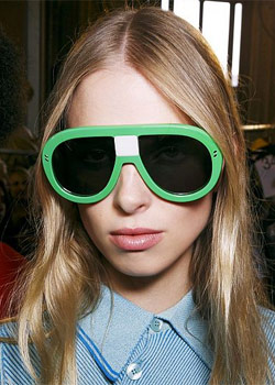 sunglasses trends for summer 2016 colorful1