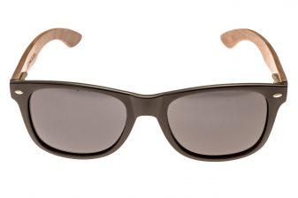 Wayfarer zonnebril met walnoot houten pootjes front