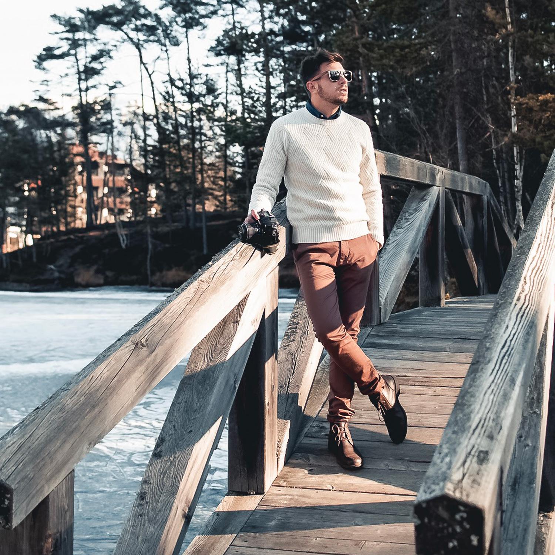 Walnut wood wayfarer sunglasses outdoors