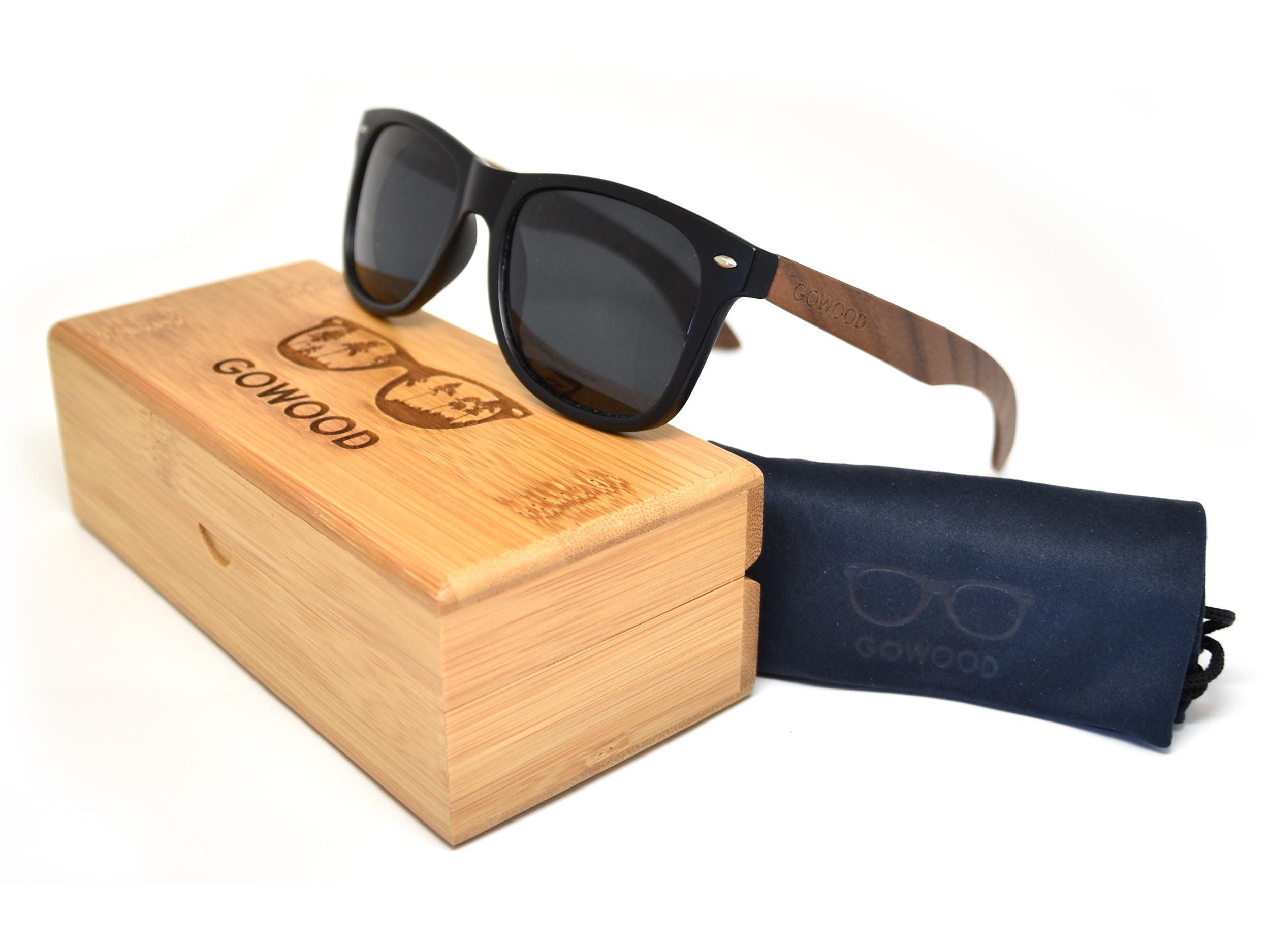 classic wayfarer sunglasses with walnut legs set 1