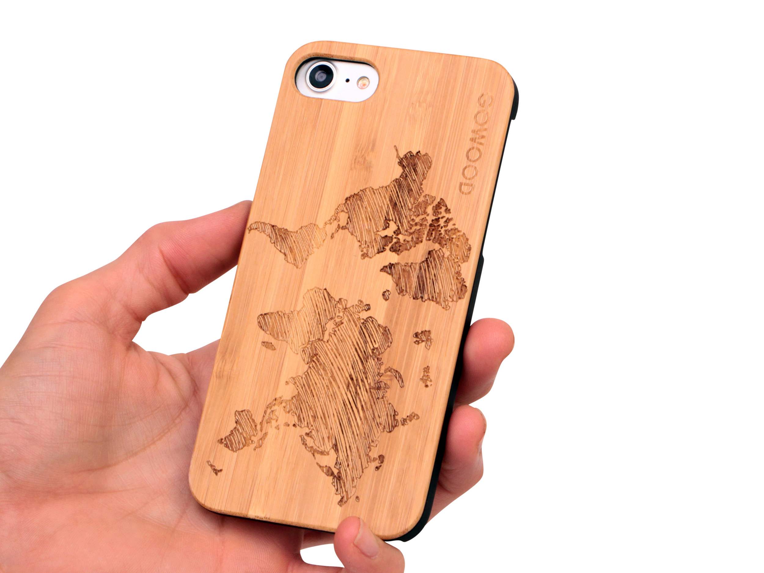 iPhone 7 and 8 wood case world map user 1