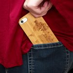iPhone 7 and 8 wood case world map user 4