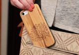 iPhone 7 wood case tree user 2