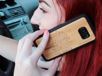 Samsung Galaxy S7 wood case tree user 2