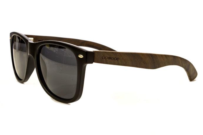classic wayfarer sunglasses with ebony legs angle