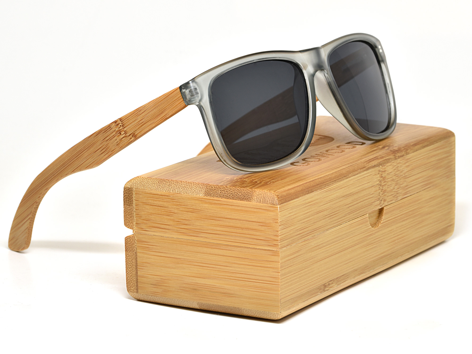 Square bamboo wood sunglasses with black polarized lenses set