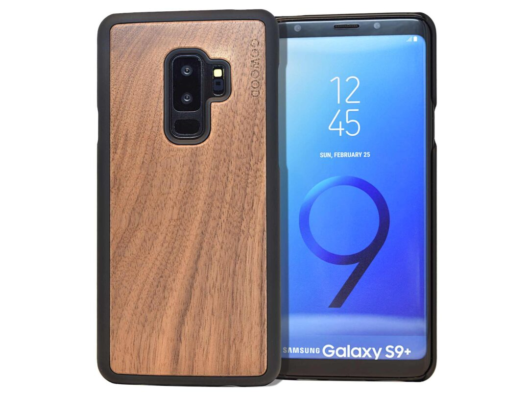 Samsung Galaxy S9 Plus wood case walnut front