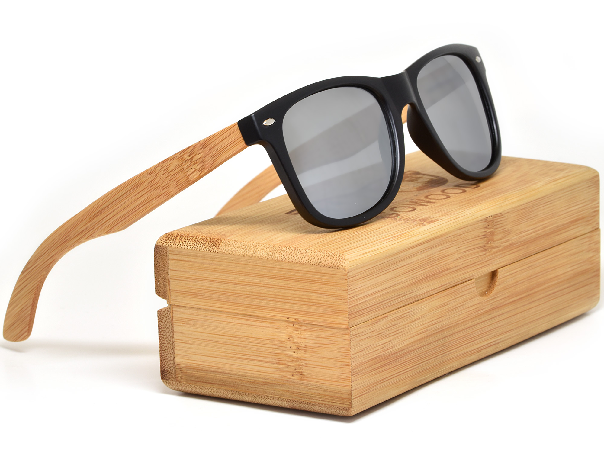 Bamboo wood sunglasses with silver mirrored lenses model set