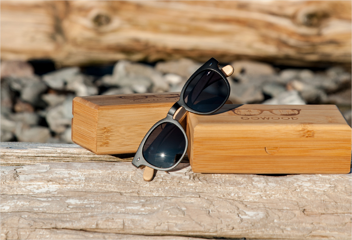 Round wood sunglasses Lisboa