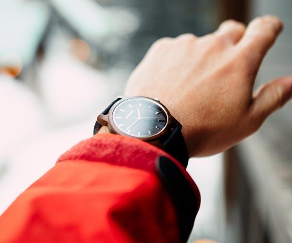 Black Sandal Wooden Watch
